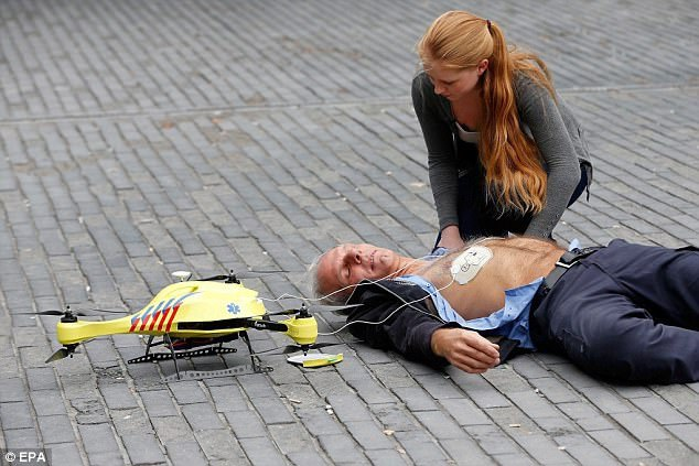 Drones with first aid kits could be lifesaving in an emergency Netherlands