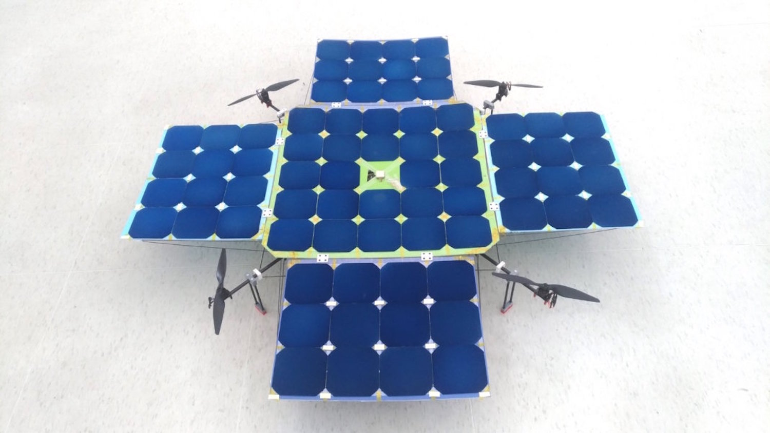 Solardrone A Drone With Solar Panels For Increased