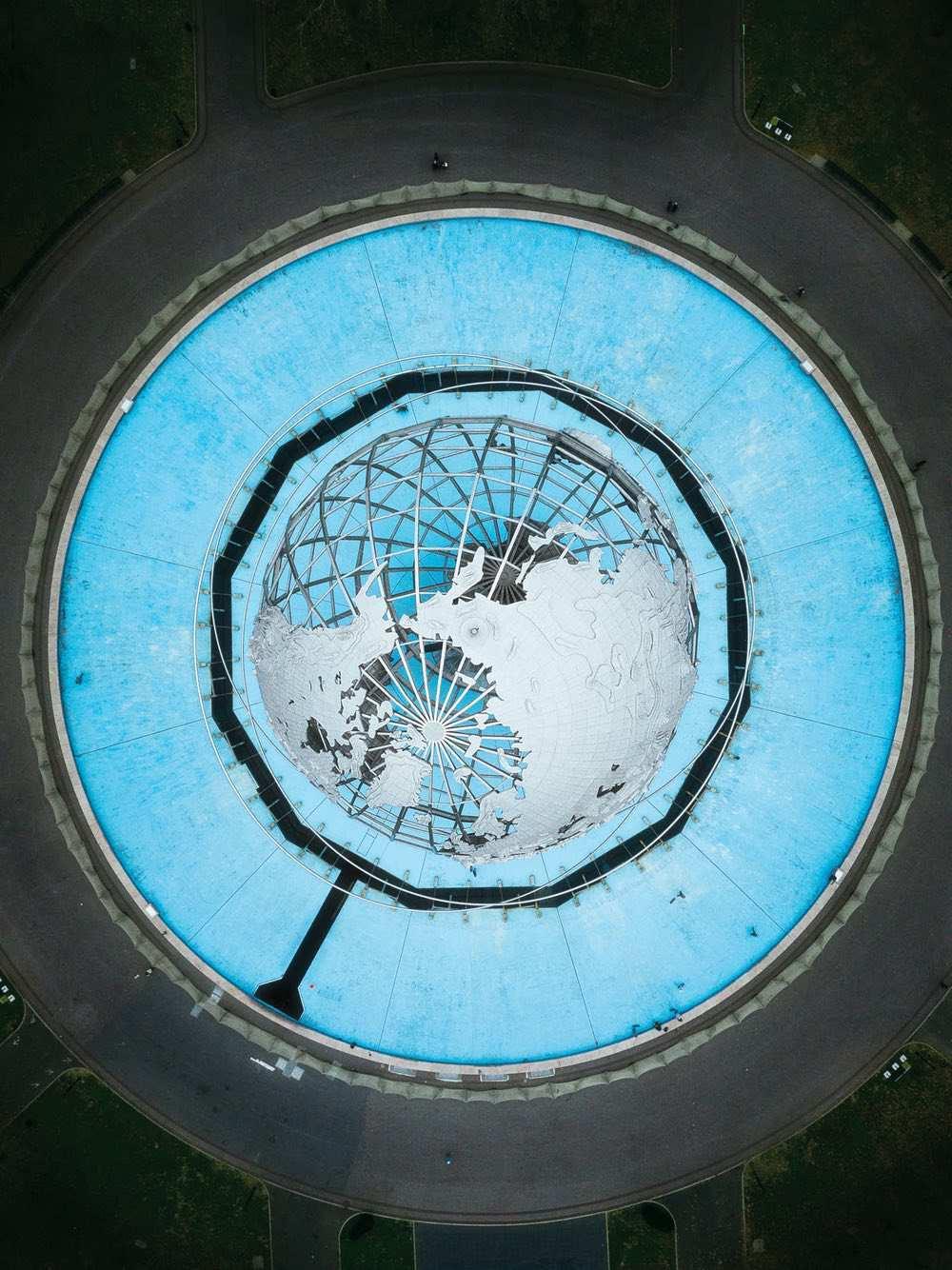 Unisphere - Amazing drone photos of New York City looking straight down 0008