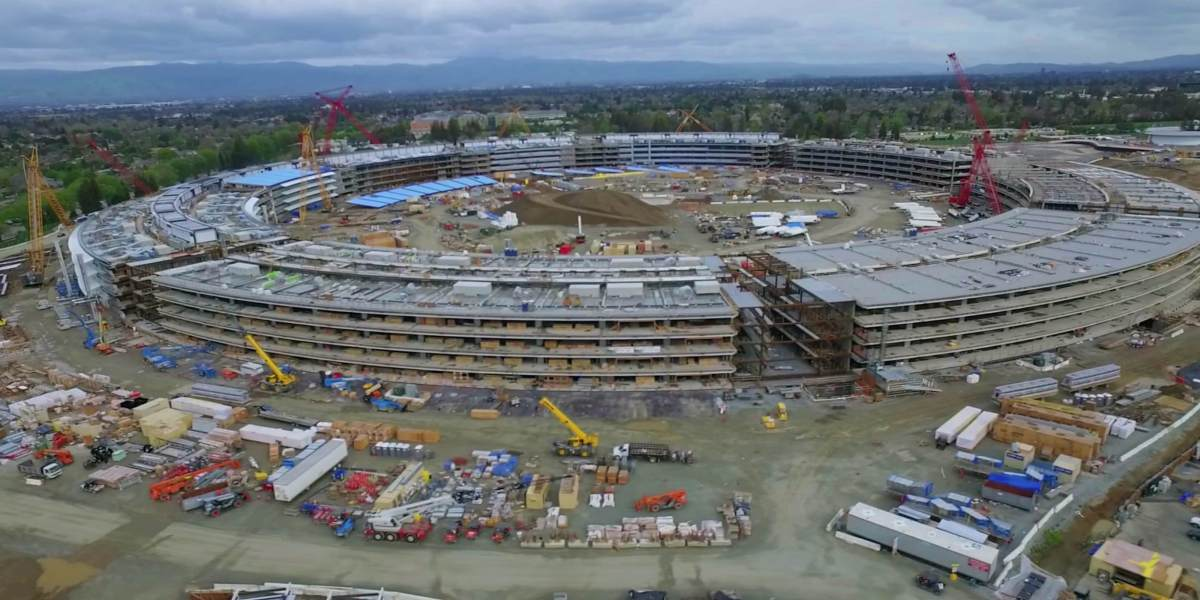 Short interview with Matthew Roberts who's been documenting the construction of Apple Park with his drone
