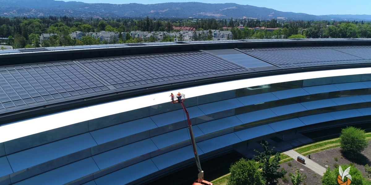 Drone videos show Apple Park getting cleaned ahead of this year's WWDC 2018