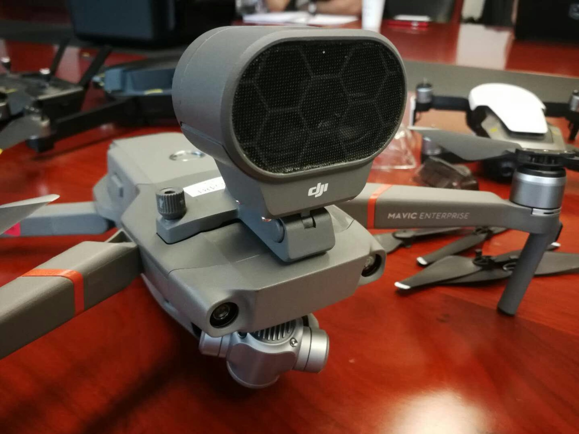 New-DJI-Mavic-2-Enterprise22-edition-photos-show-up-providing-us-with-more-details-of-the-new-foldable-drone.jpg
