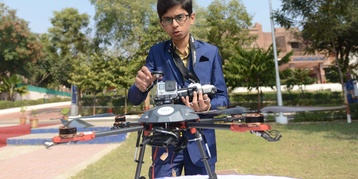 This 15-year-old boy developed a drone designed to detect and destroy landmines