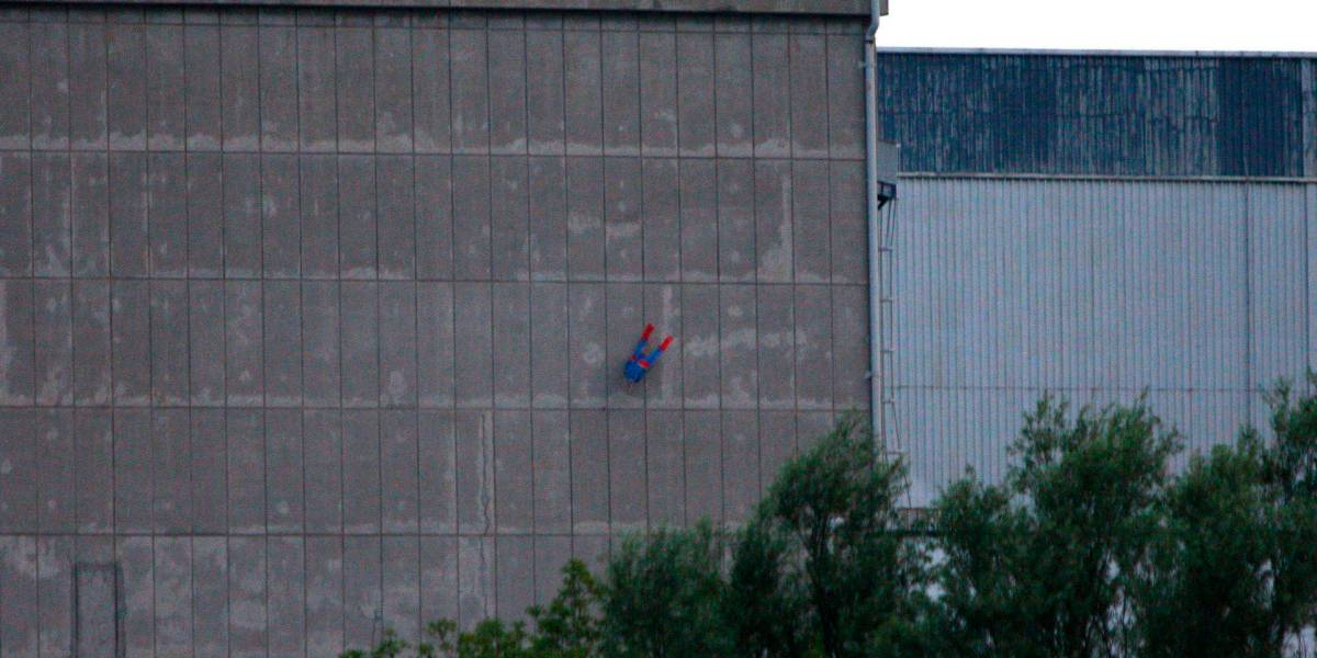 Greenpeace flies Superman drone into nuclear plant in protest