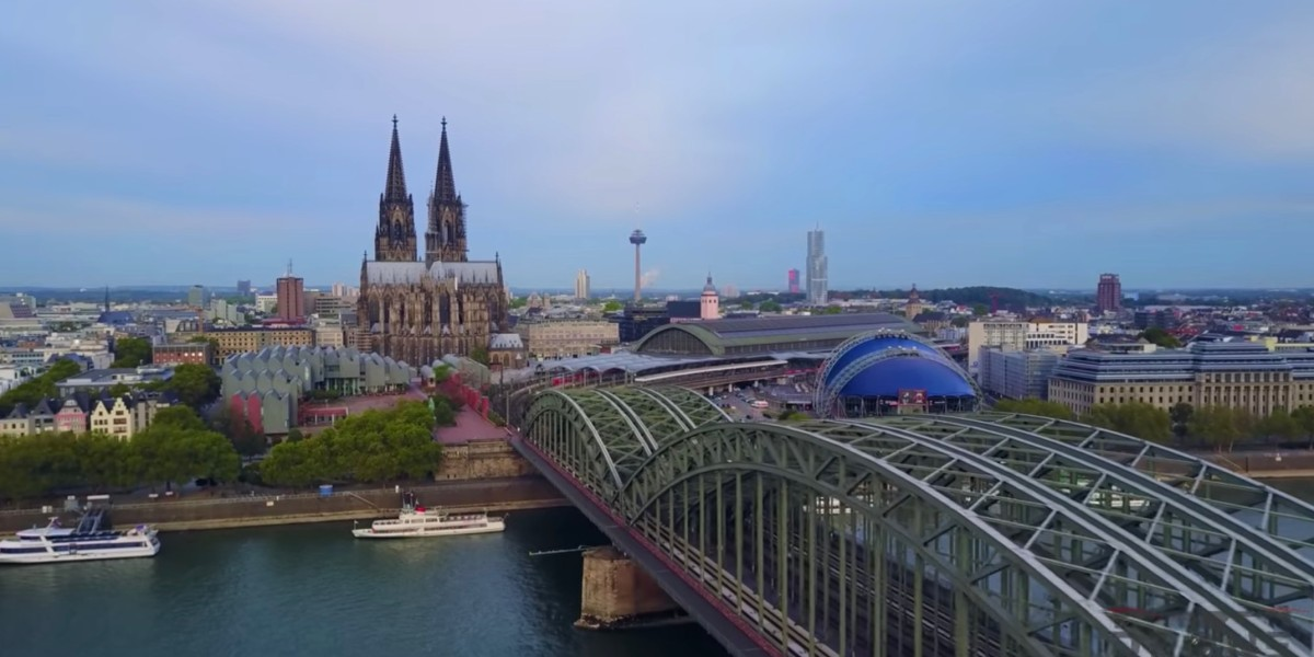 DroneRise - DJI Mavic Pro captures the beauty of Cologne, Germany
