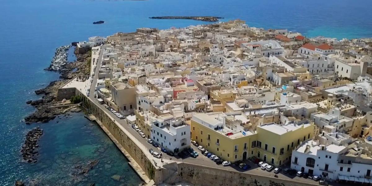 DroneRise - drone video of Gallipoli, Italy