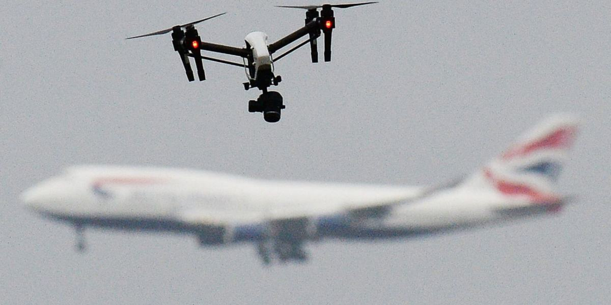 Drone 'no-fly zone' around UK airports to be extended to 3 miles