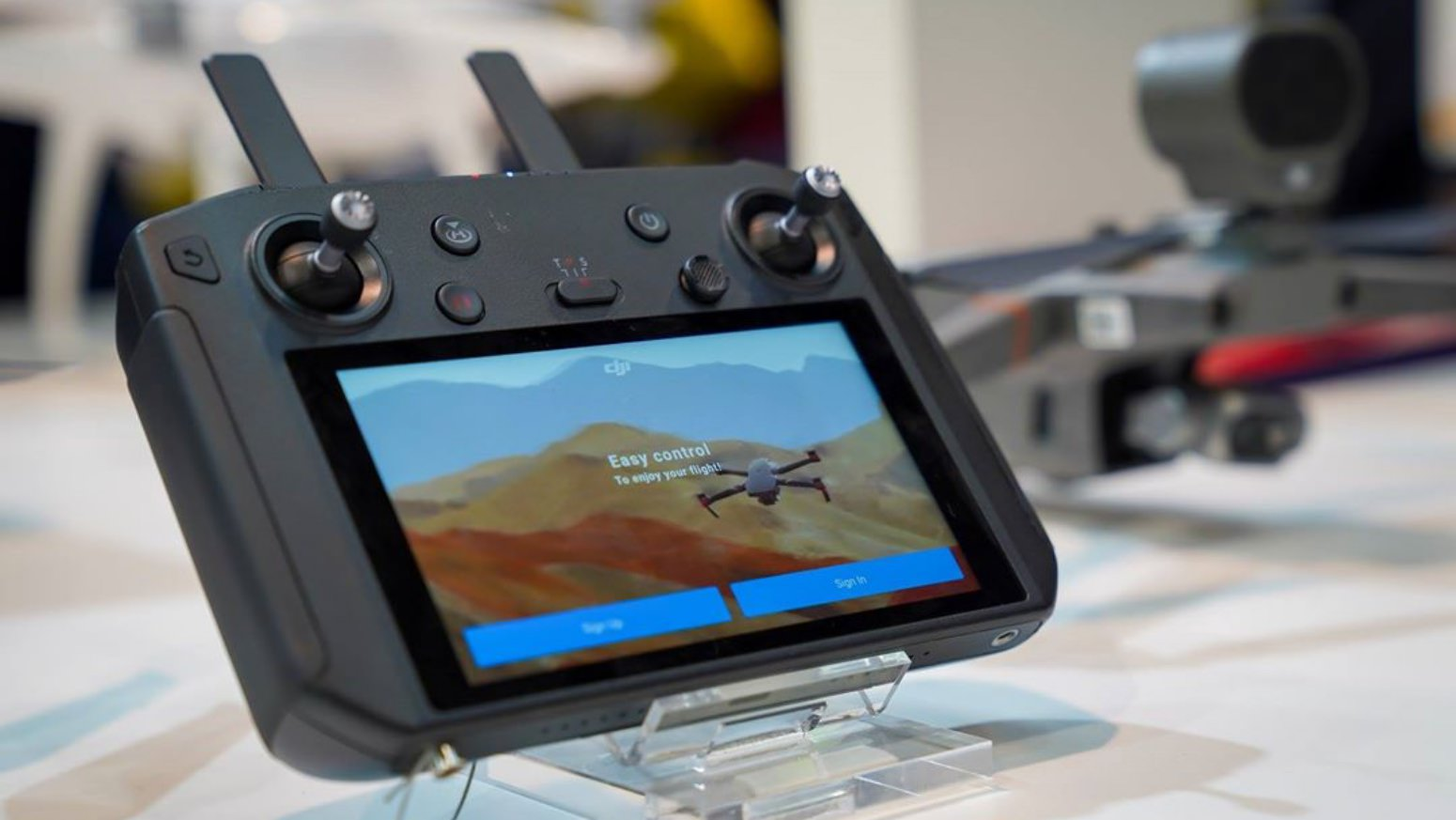 DJI Smart Controller new firmware released - v01 00 1400 - DroneDJ