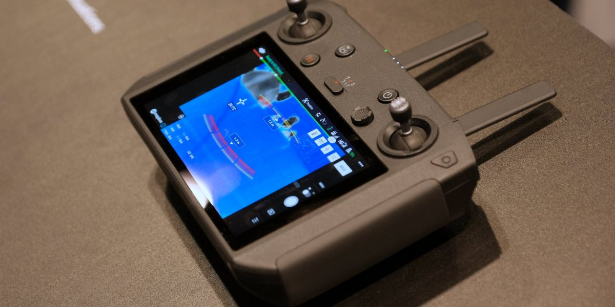 DJI Rumors: DJI Smart Controller crucial to success of the Mavic 2 - Part 4