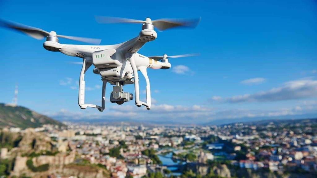 Balancing the rights of property owners and the needs of drone operators
