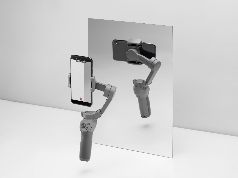 Folding DJI Osmo Mobile 3