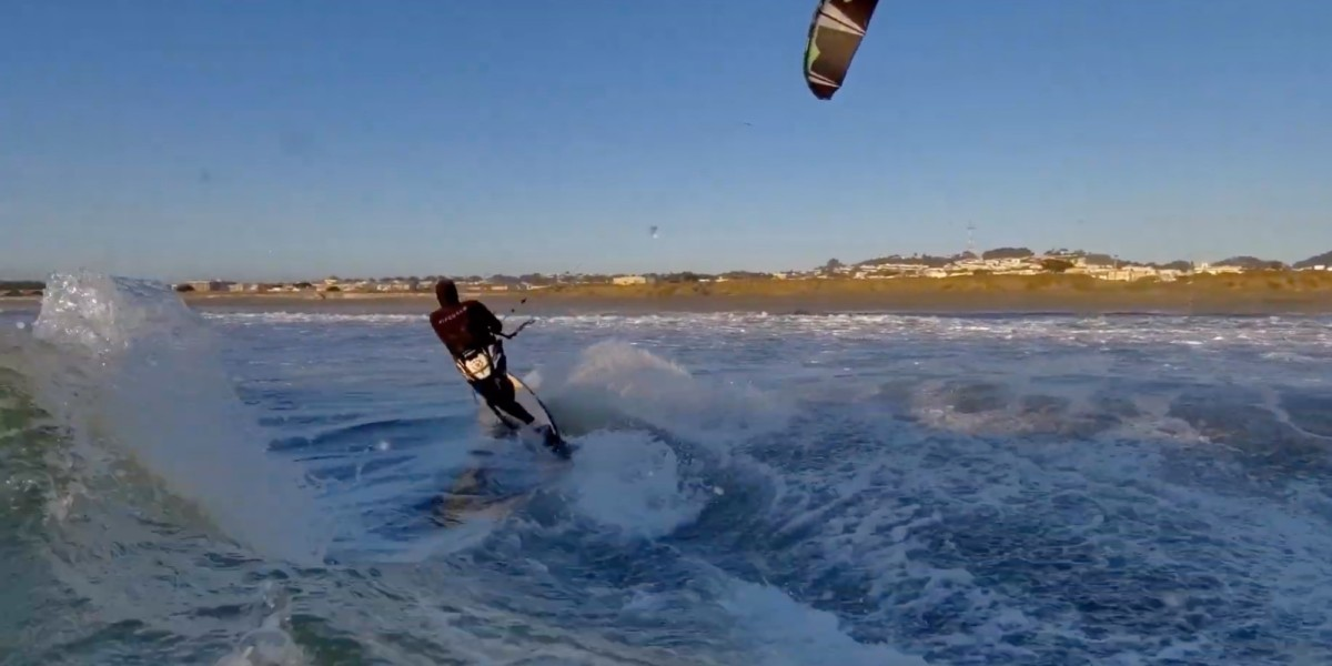 Kiteboarder almost loses new Skydio 2 drone
