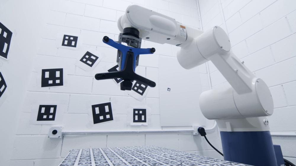 Skydio 2 calibration on robotic arm