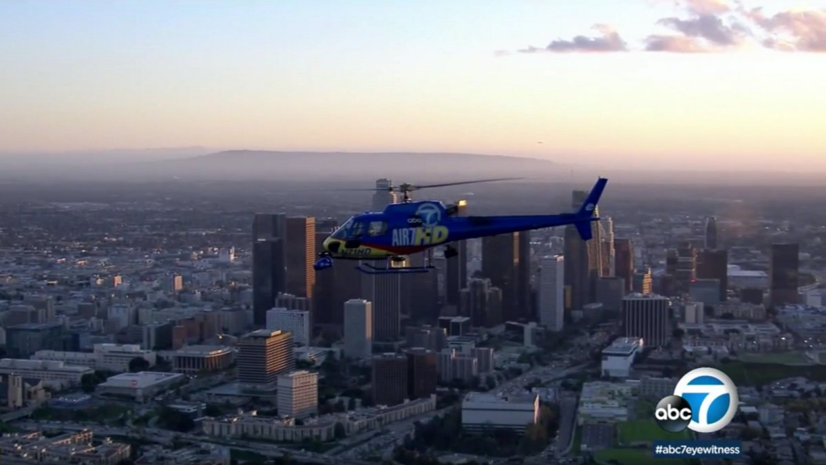 AIR7 HD struck by suspected drone over downtown LA, makes precautionary landing