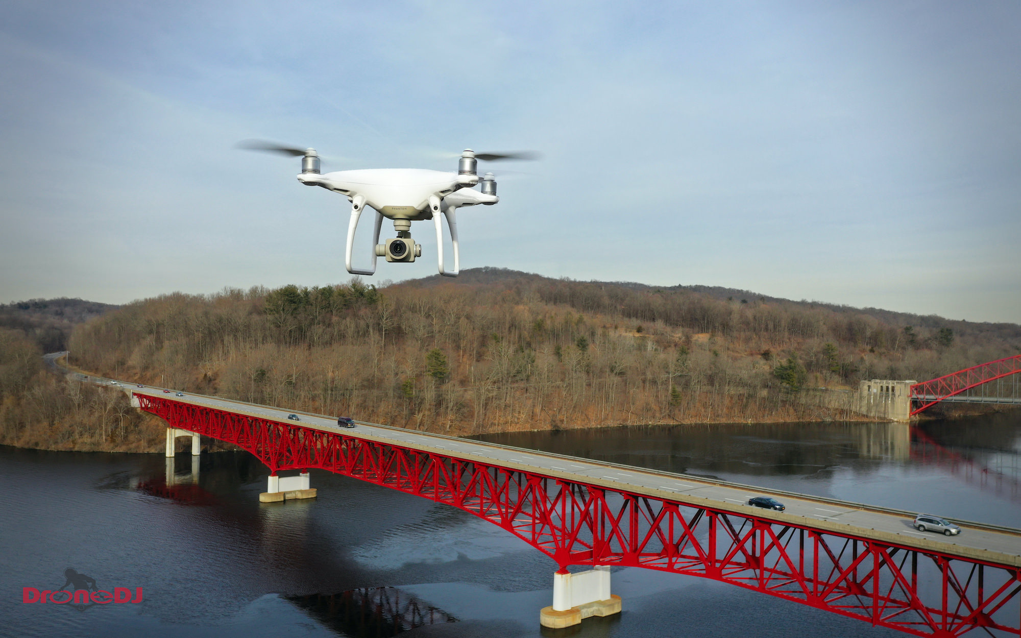 The iconic quadcopter from DJI, that needs no re-re-introduction, has remained a favorite of many drone pilots even though the competition is heating