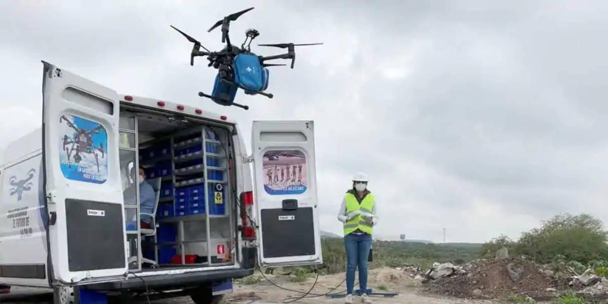 Drones facemasks Mexican hospitals