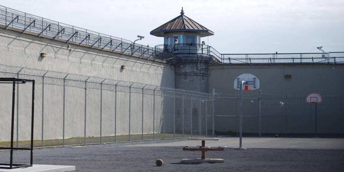 drone explosives prison attack