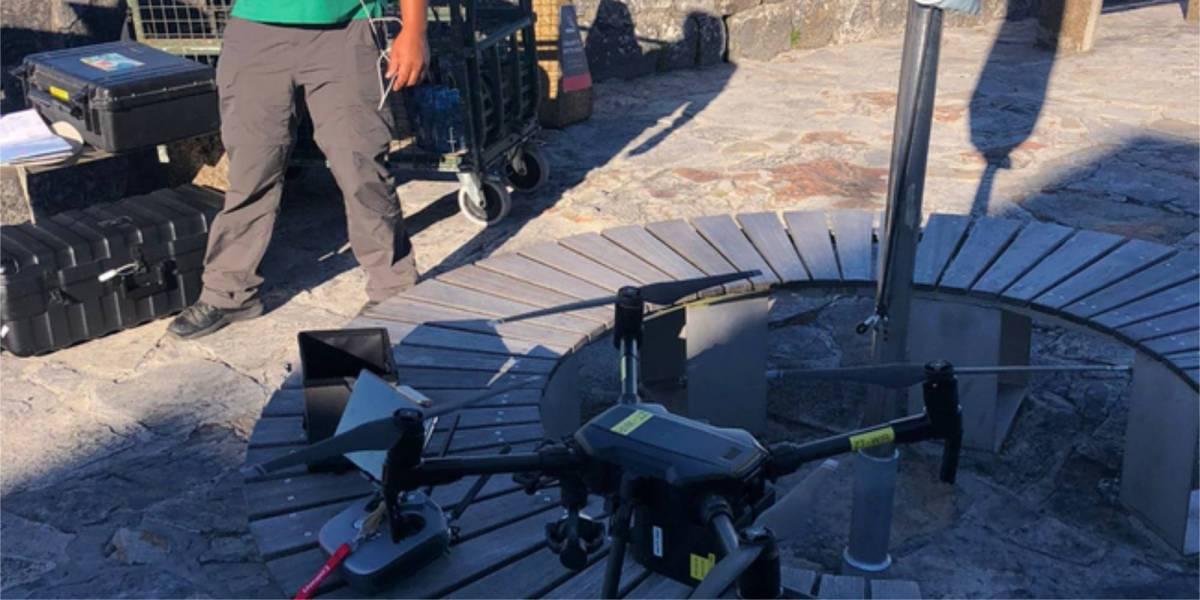 Drone woman Table Mountain