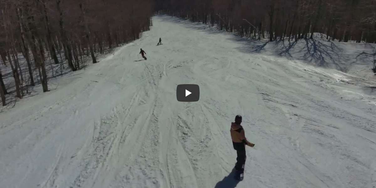 Skydio-2-snowboarding