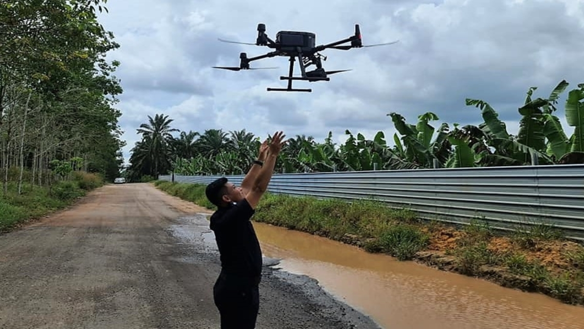 malaysia 16 drones