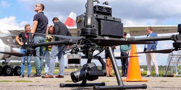 drone inspections airplane