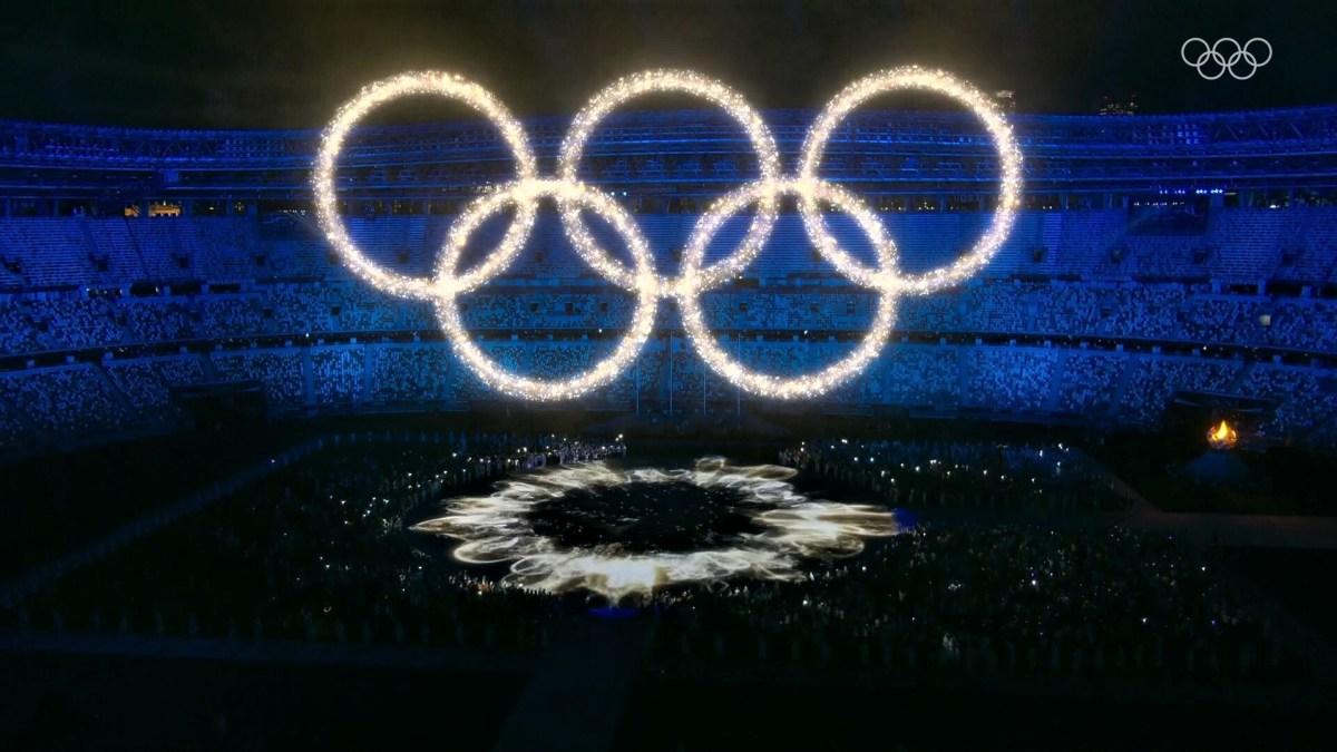 tokyo olympics closing ceremony light show drone